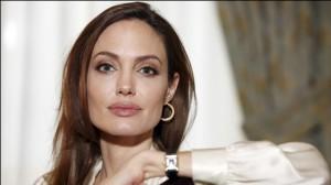 Angelina-Jolie-Mastec_Horo-e1368784736942